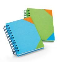 Bloc-notes publicitaire personnalisé à spirales avec couverture en couleur bleu ou vert et angles colorés